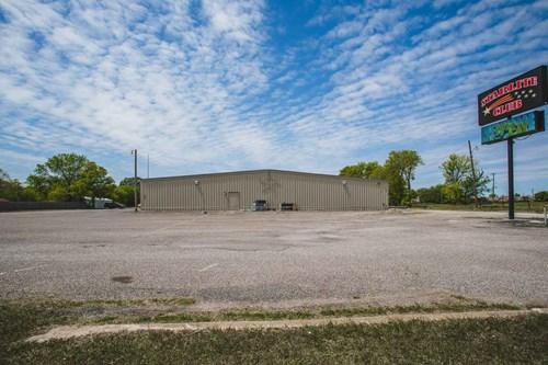 Bar For Sale  Southern Oklahoma  3+acres
