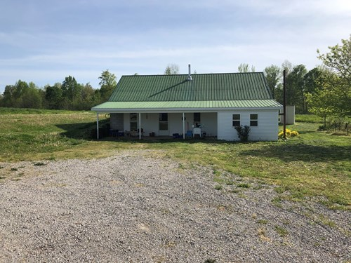 Country Home and Farm in Hart County Ky