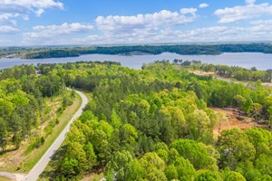 LAKEFRONT PROPERTY FOR SALE - DEVELOPMENT LAND IN TENNESSEE