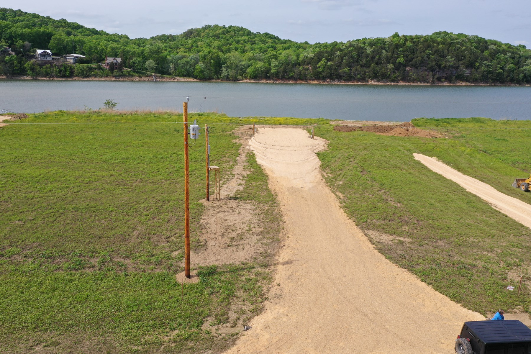 Water Front RV Lot on the Tennessee River Near Clifton TN