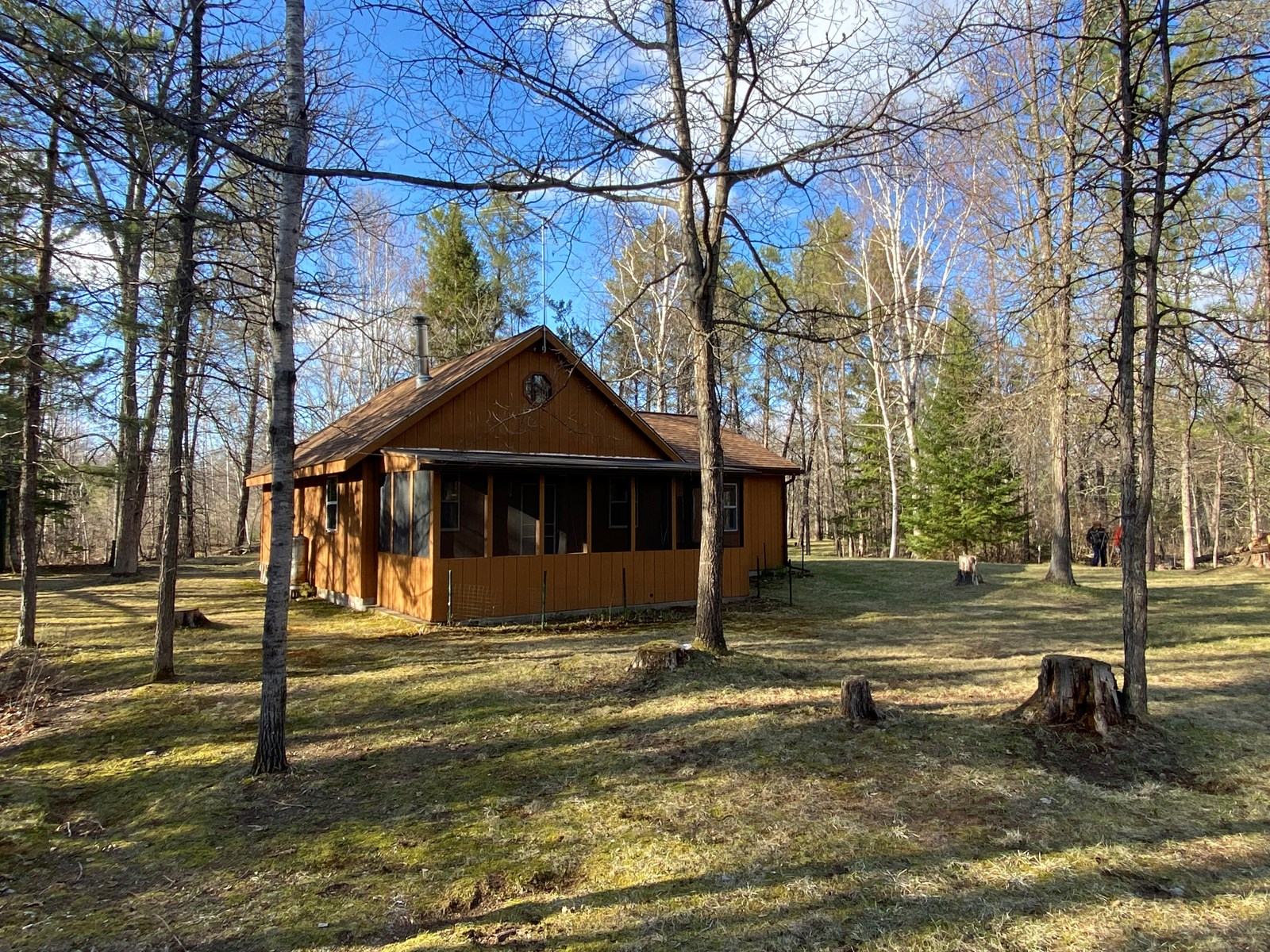 Cozy Riverfront Cabin for Sale in Rutledge, MN