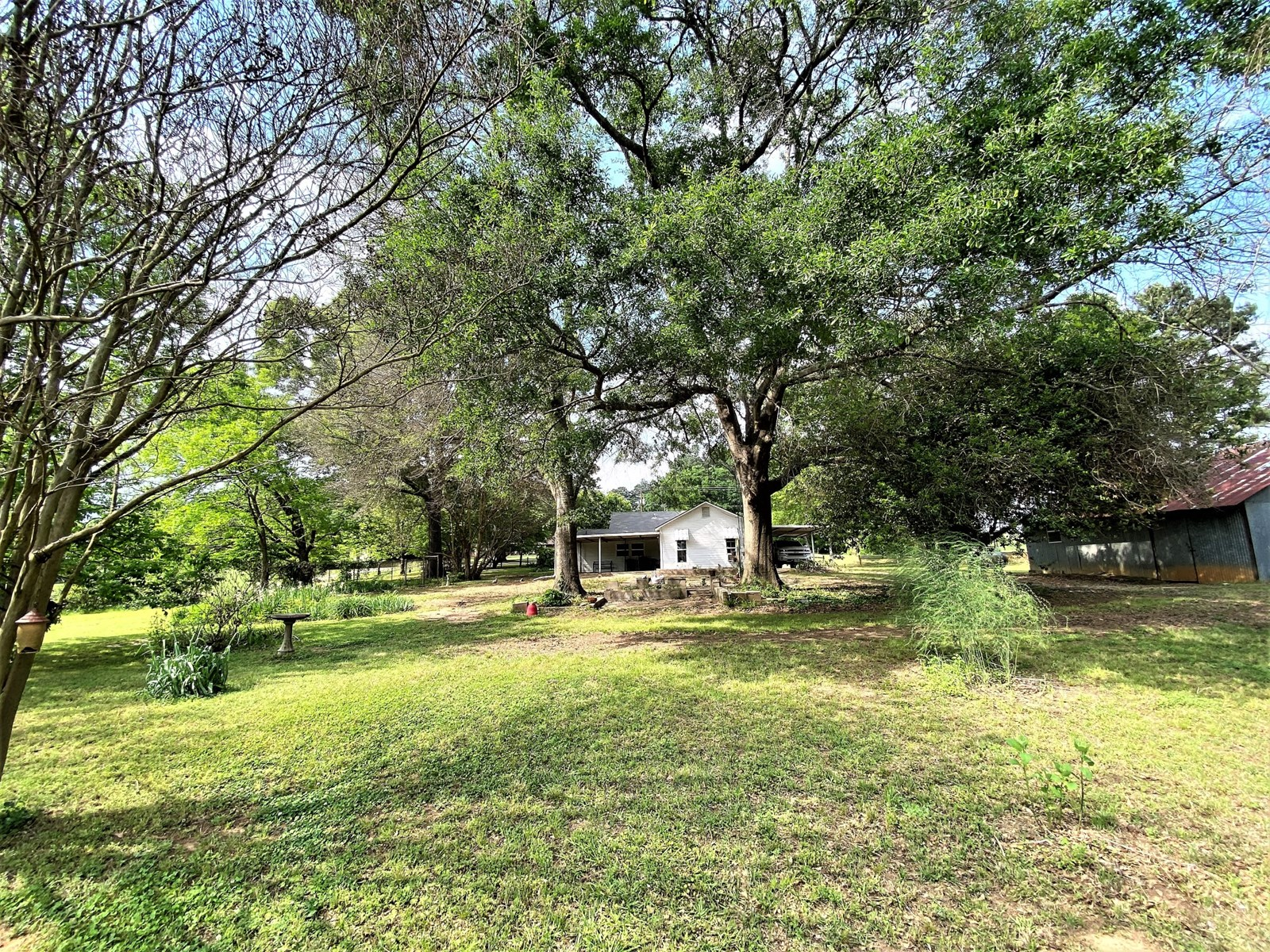 Home & Land for Sale in Smith Co Texas near Lake Palestine
