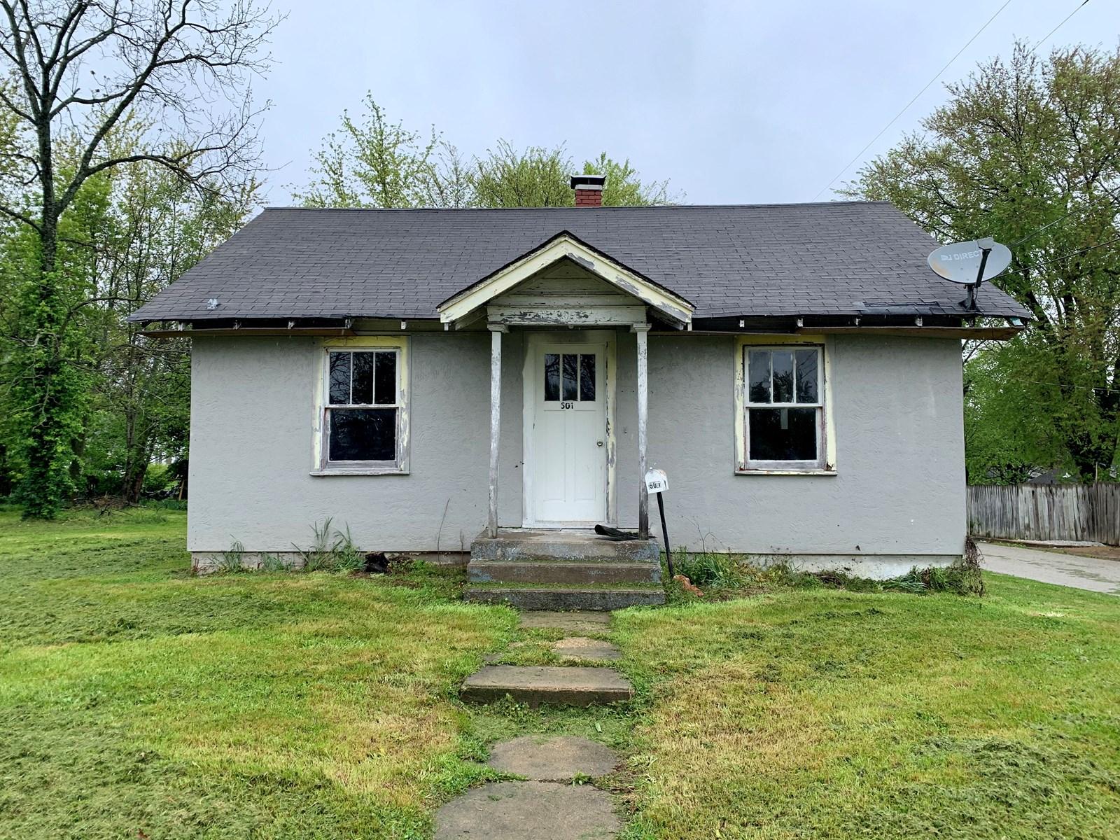 Home For Sale in Mountain Grove, Missouri!