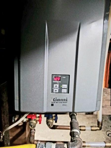 Renei Hot water tank