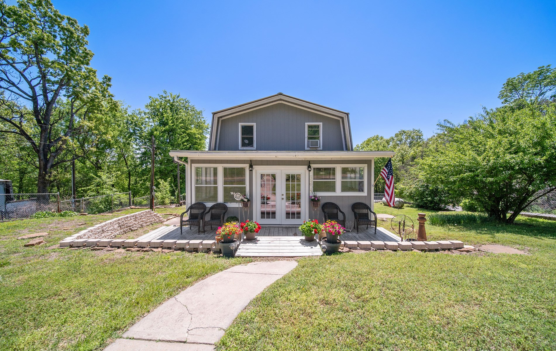 Country Home For Sale Locust Grove OK w/Fishing & Hunting