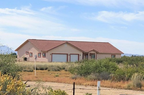 Custom 3410 Sq ft 4 bedroom, 3 bathroom home near Willcox AZ