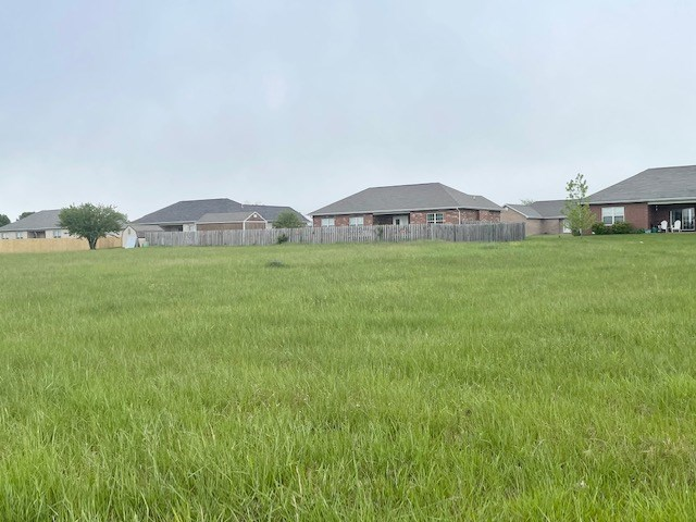 Lot For Sale in Mountain Grove