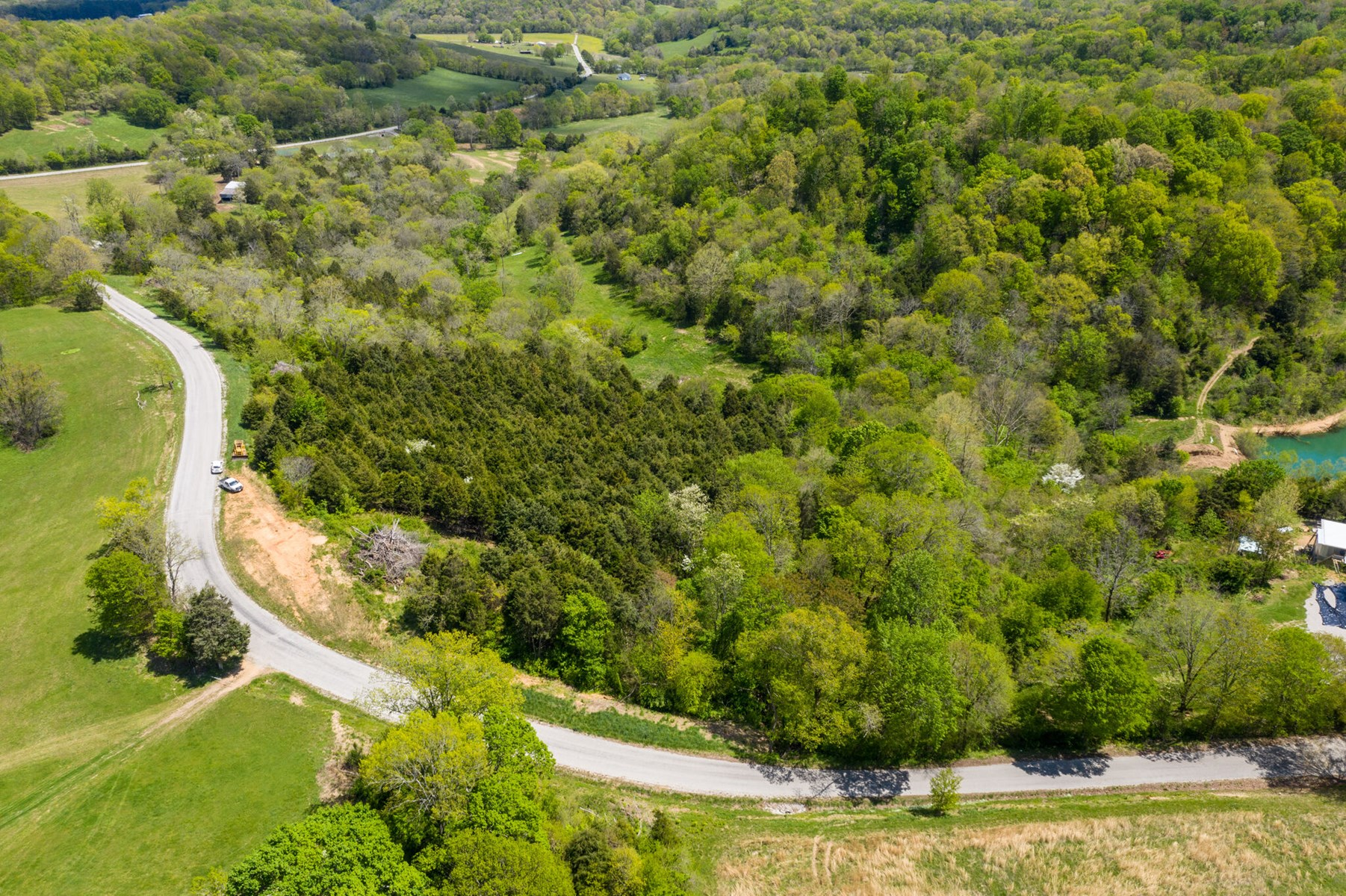 Land with Acreage for Sale in Culleoka, Tennessee