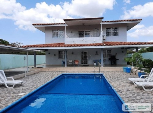 BEACH HOUSE WITH POOL FOR SALE IN NUEVA GORGONA PANAMA