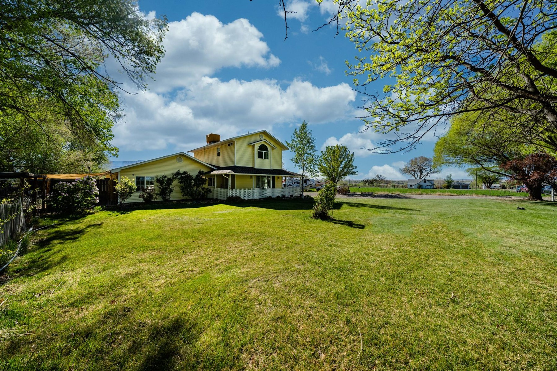 Colorado Country Home with Farmhouse Charm on Half an Acre