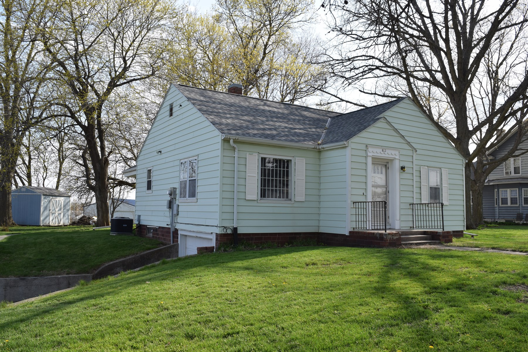 One-Story, 2 Bedroom Home in Shelby County, Harlan, IA