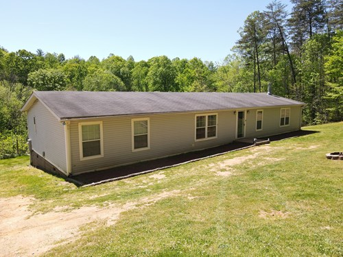 Beautiful Secluded Home on 24 Acres, Freshly Renovated