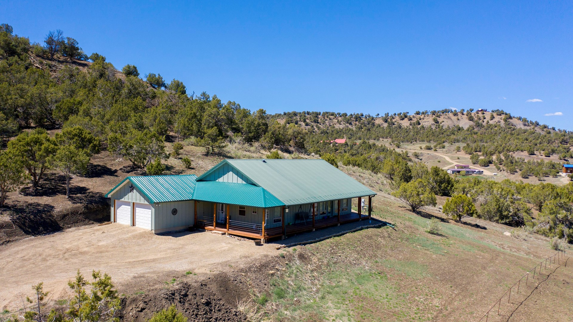 House close to BLM with amazing mountain views