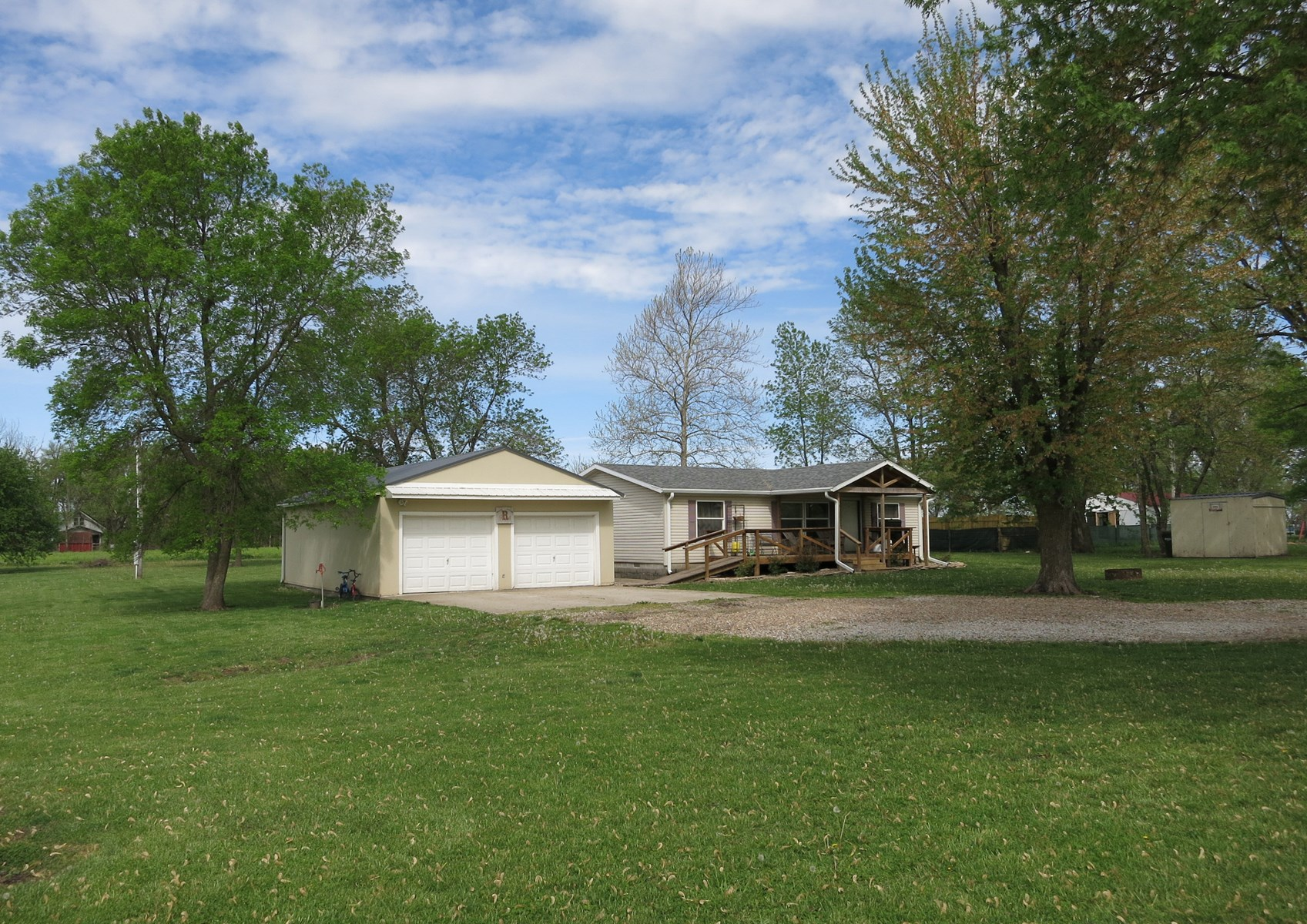 Home for Sale in Rural NW MO Town