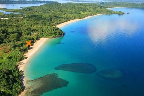 Best Beachfront lot in Red Frog Resort Bocas del Toro Panama