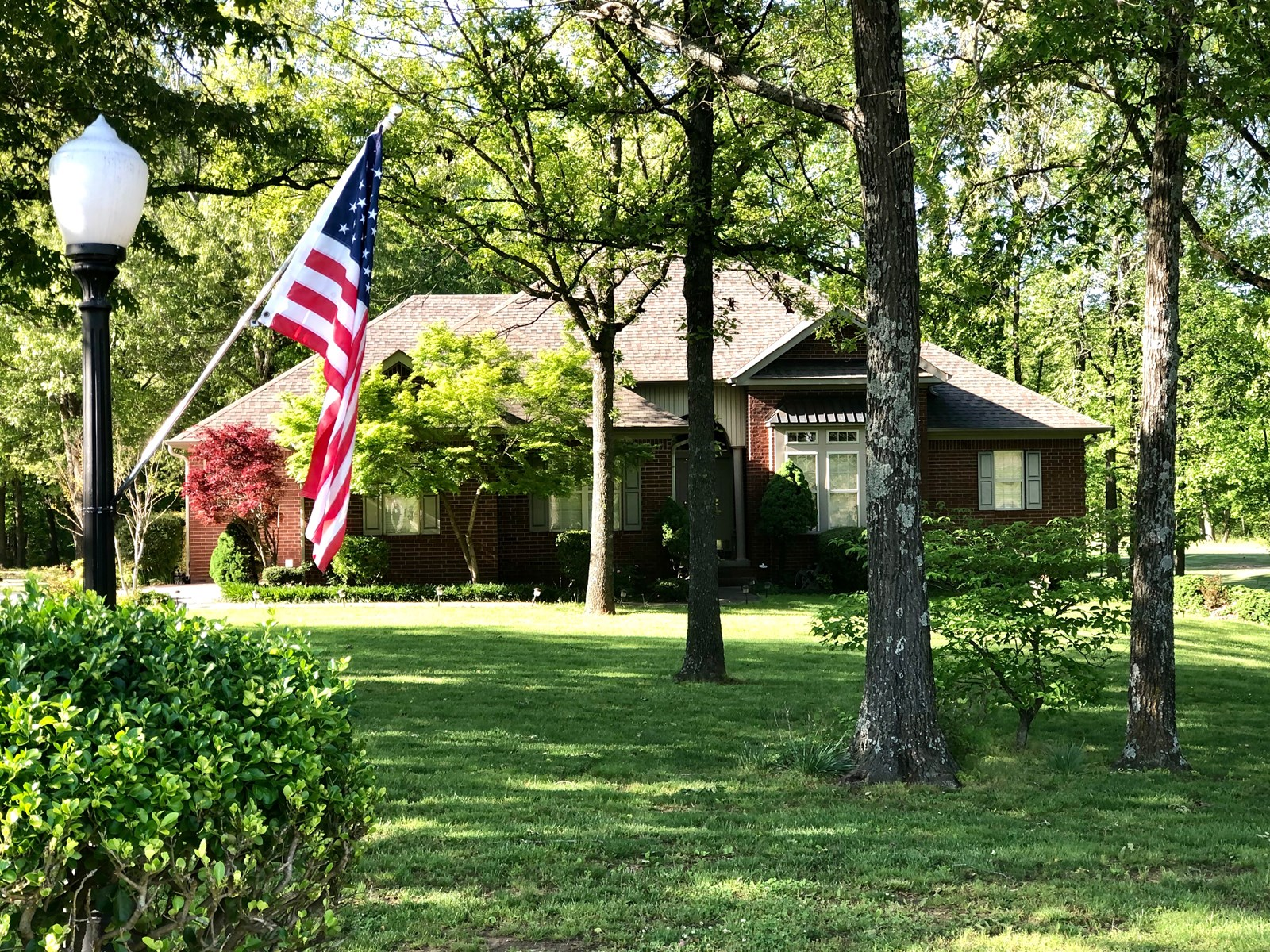 ELEGANT HOME AND GOLF COURSE PROPERTY FOR SALE!