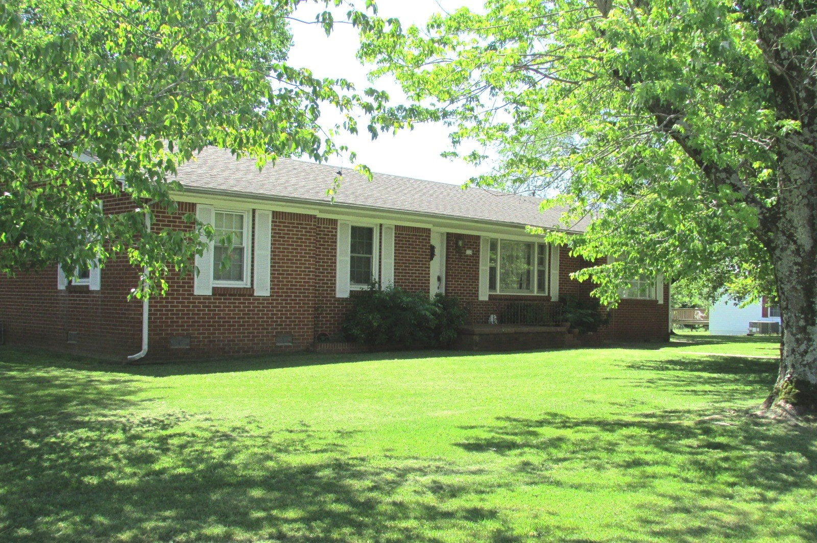 113 Cedar Street Hohenwald Lewis County Tennessee Auction