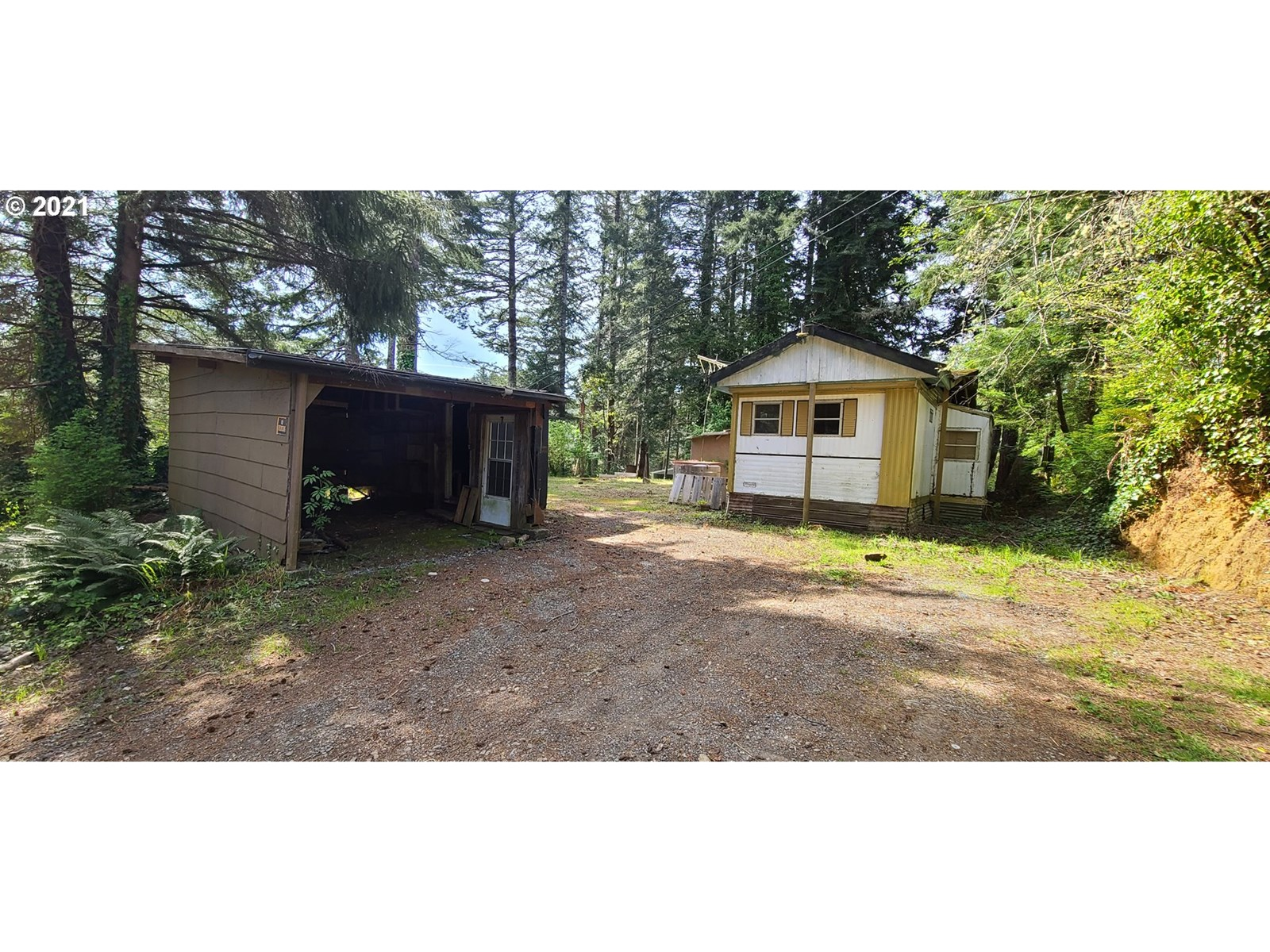 0.39 ACRE LOT FOR SALE 5 MINUTES FROM GOLD BEACH, OR 97444