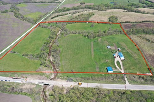 Home For Sale in Southern Iowa on 40-Acres