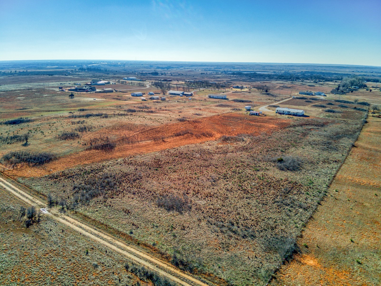 LAND FOR SALE IN BECKHAM CO
