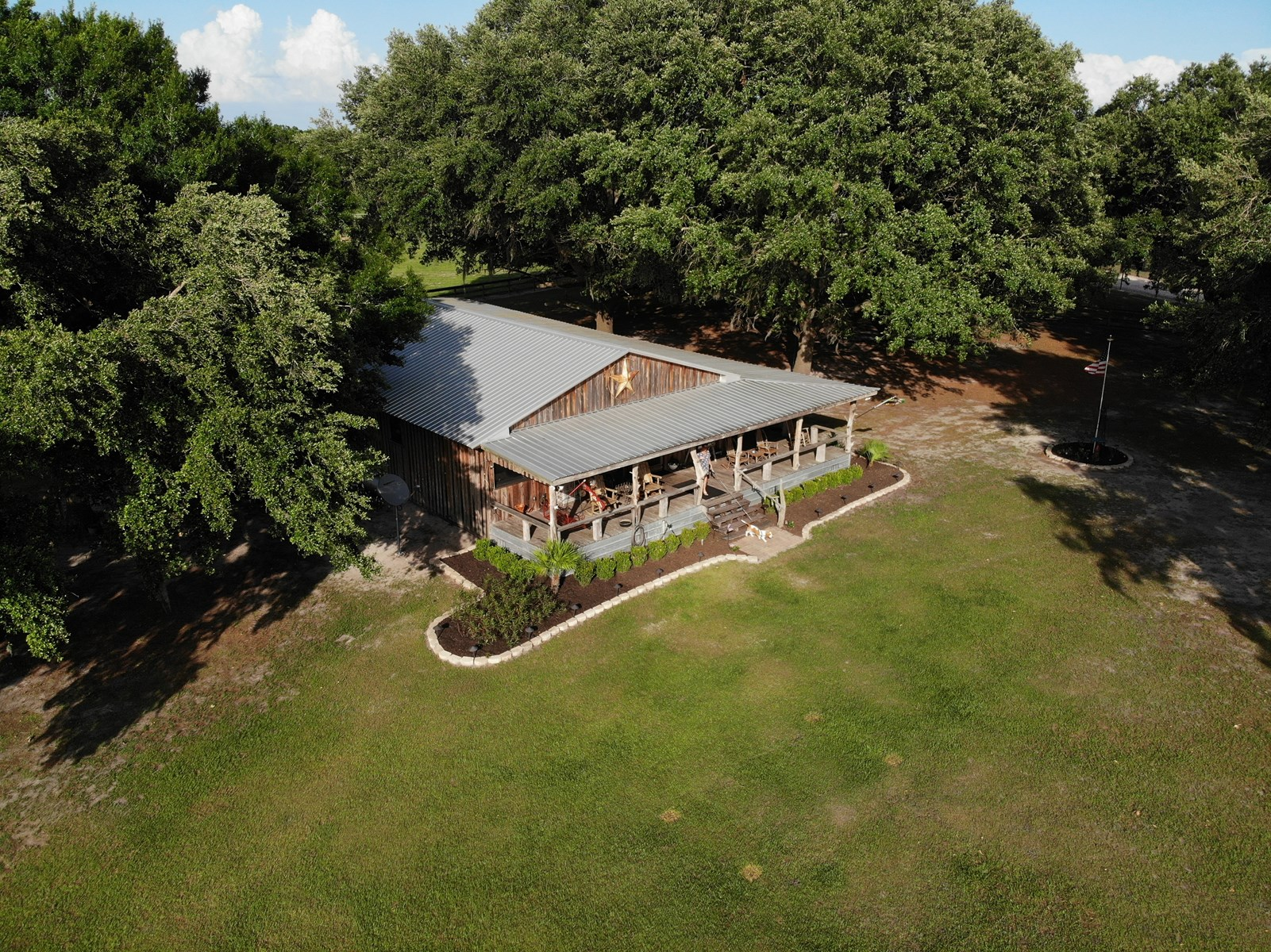 47 acres with 2 homes in Hardee County!