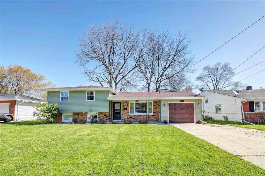 Green Bay, WI Town Home For Sale