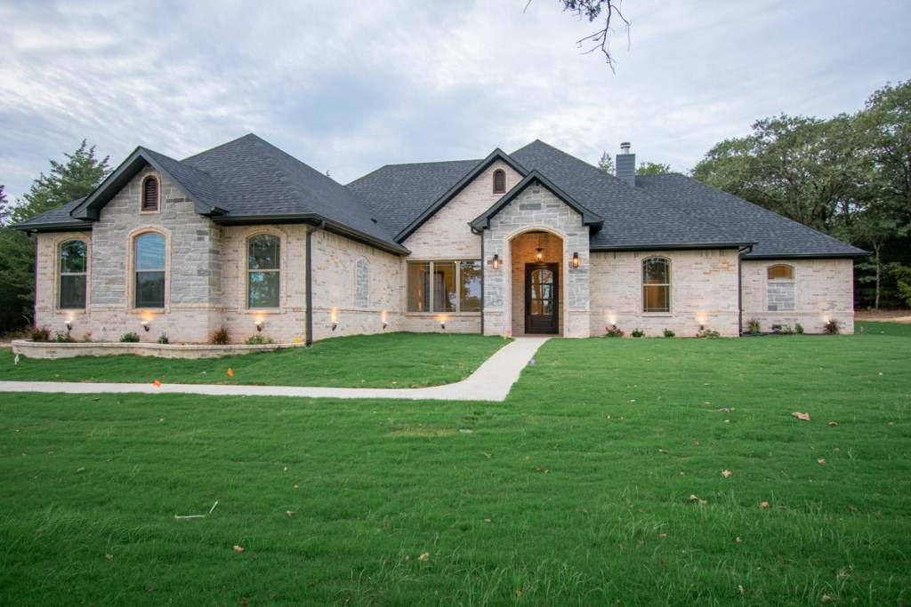 NEW CONSTRUCTION HOME LINDALE TX