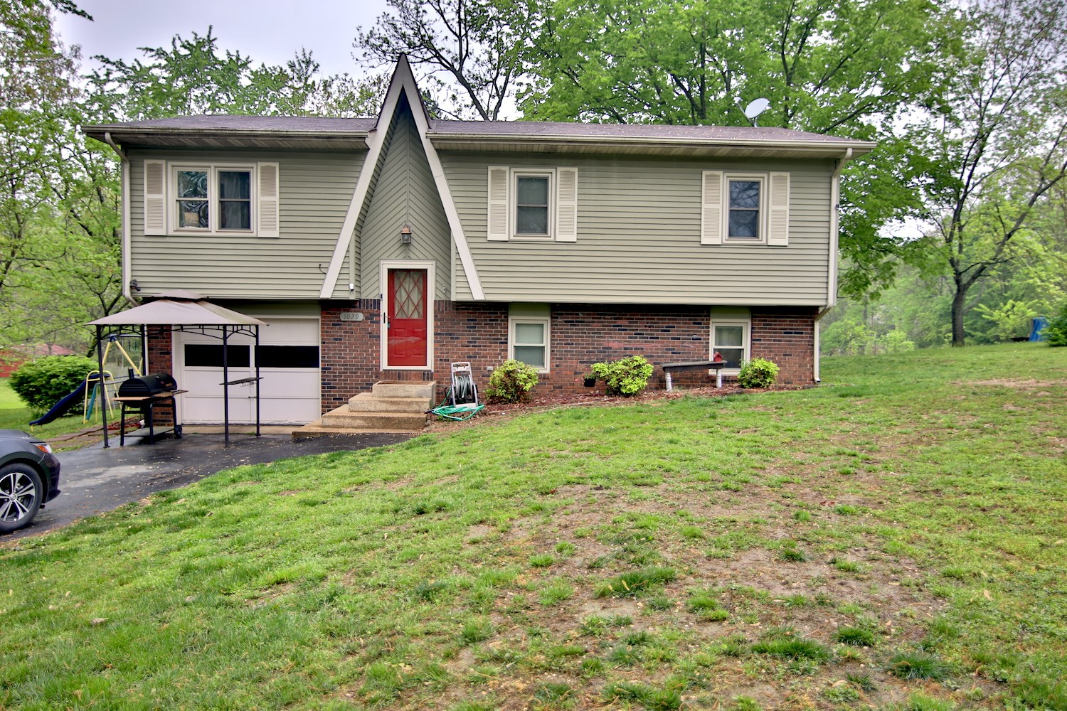 Home For Sale in West Plains, MO