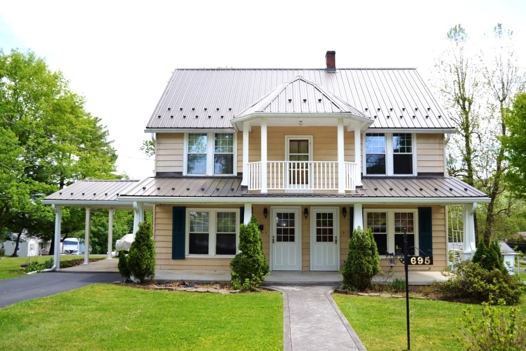4 Bedroom Historic Home in Wytheville, VA
