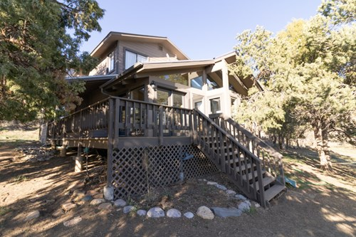 Horse Property over 3000sqf with added apartment