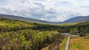 BREATHTAKING RECREATIONAL MOUNTAIN RETREAT IN VIRGINIA