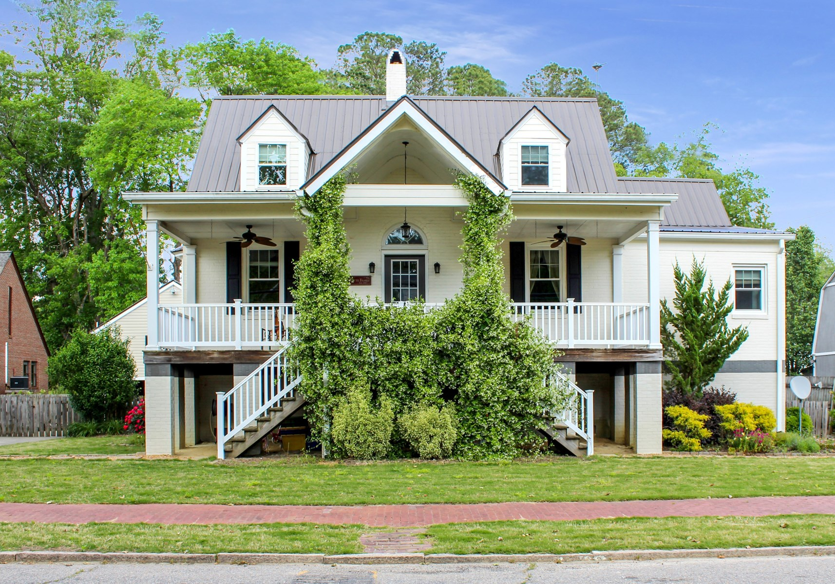 Beautifully updated 1940's home located in Windor, NC