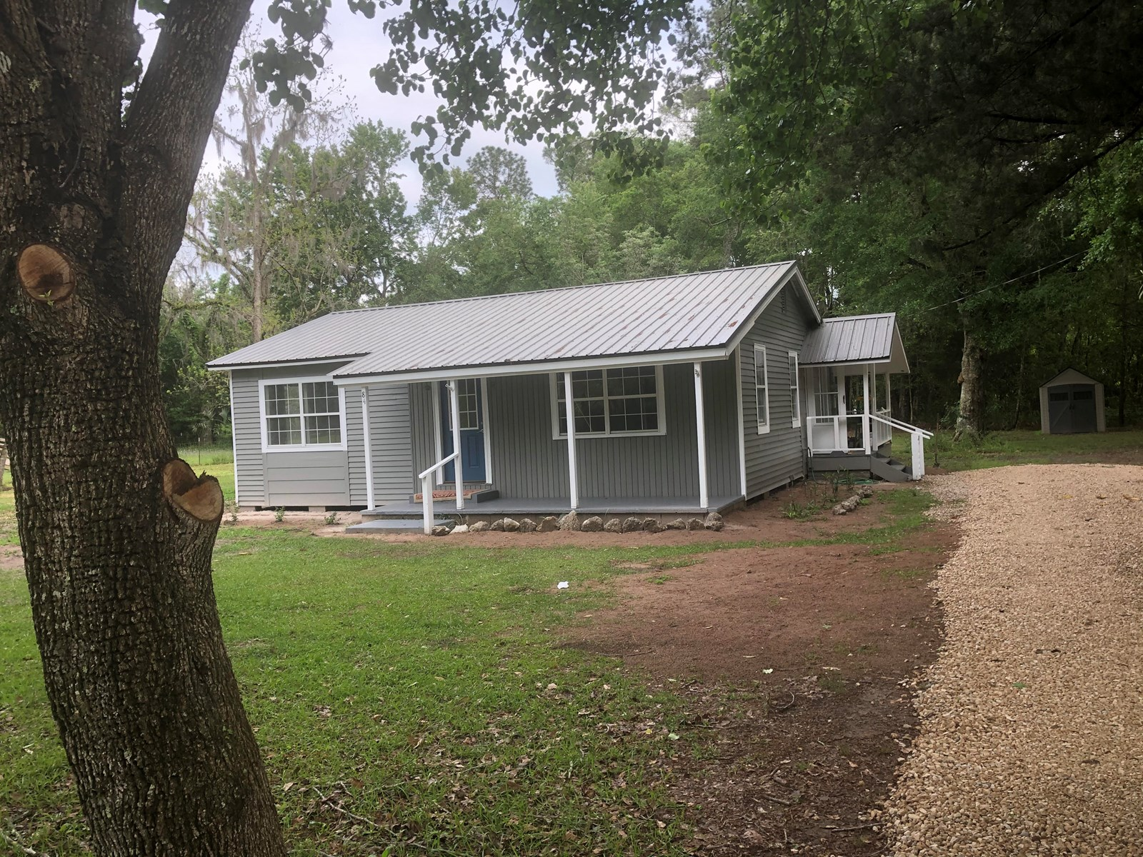 COUNTRY COTTAGE-IMMACULATE & AFFORDABLE