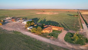 TEXAS FARM/RANCH PROPERTY COUNTRY HOMES W BARN PARMER COUNTY
