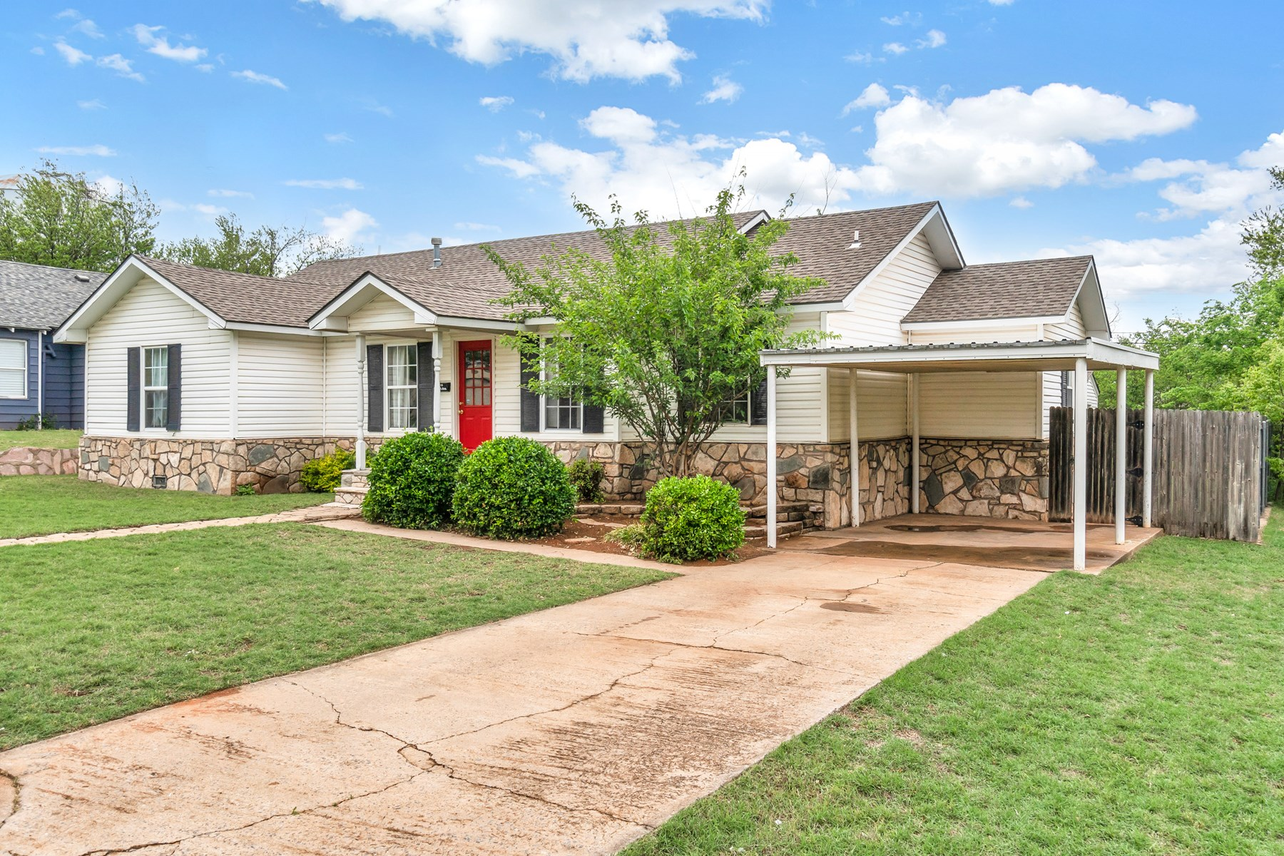 3 BEDROOM HOME FOR SALE IN WESTERN OKLAHOMA