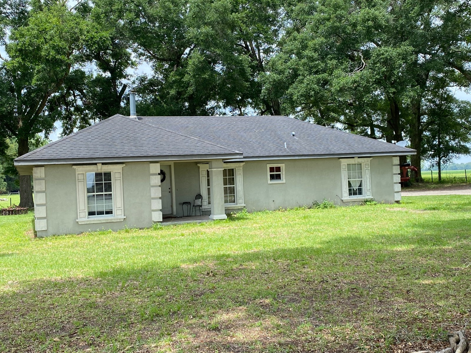 BEAUTIFUL 3/2 LOCATED WITHIN MINUTES OF MAYO FOR ONLY $199,9