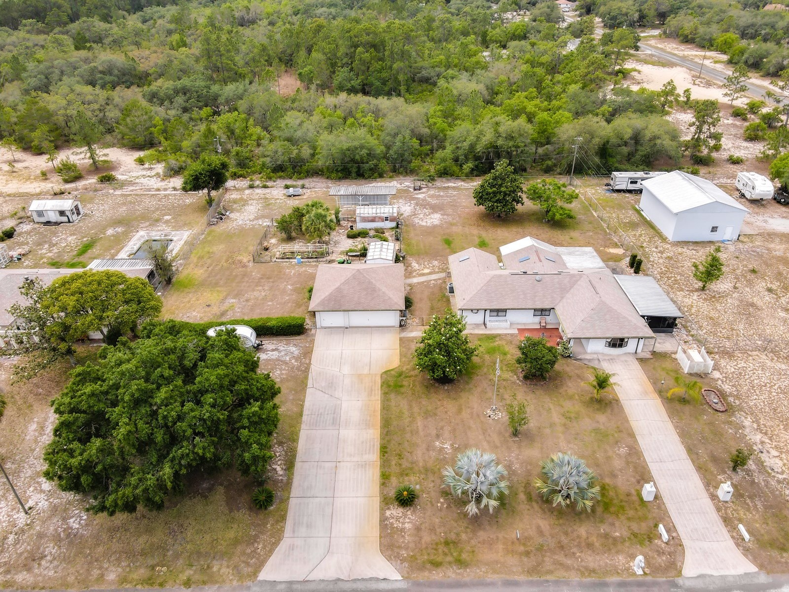 4/3 SINGLE FAMILY BLOCK HOME, CENTRAL FLORIDA, LAKE ACCESS