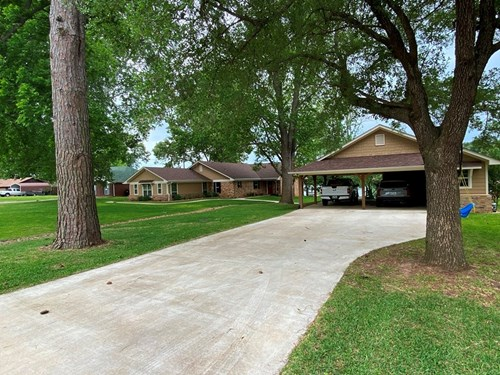WATERFRONT HOME FOR SALE ON LAKE PALESTINE | BULLARD TX