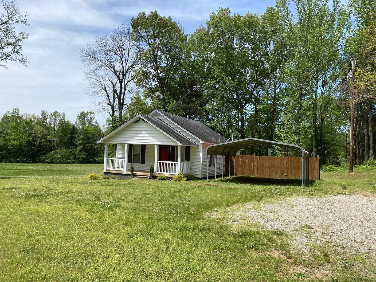 2 BEDROOM COUNTRY HOME IN SAVANNAH, TN FOR SALE, SHED