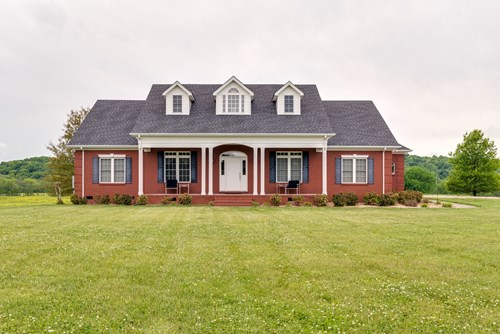 Country Home with Acreage for Sale in Lynnville, Tennessee