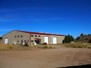 HORSE RANCH WITH INDOOR HEATED ARENA FOR SALE IN COLORADO