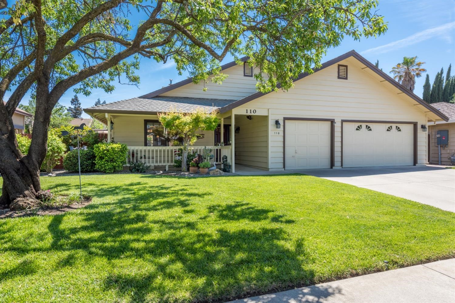 Winters, CA Single Story Homes For Sale