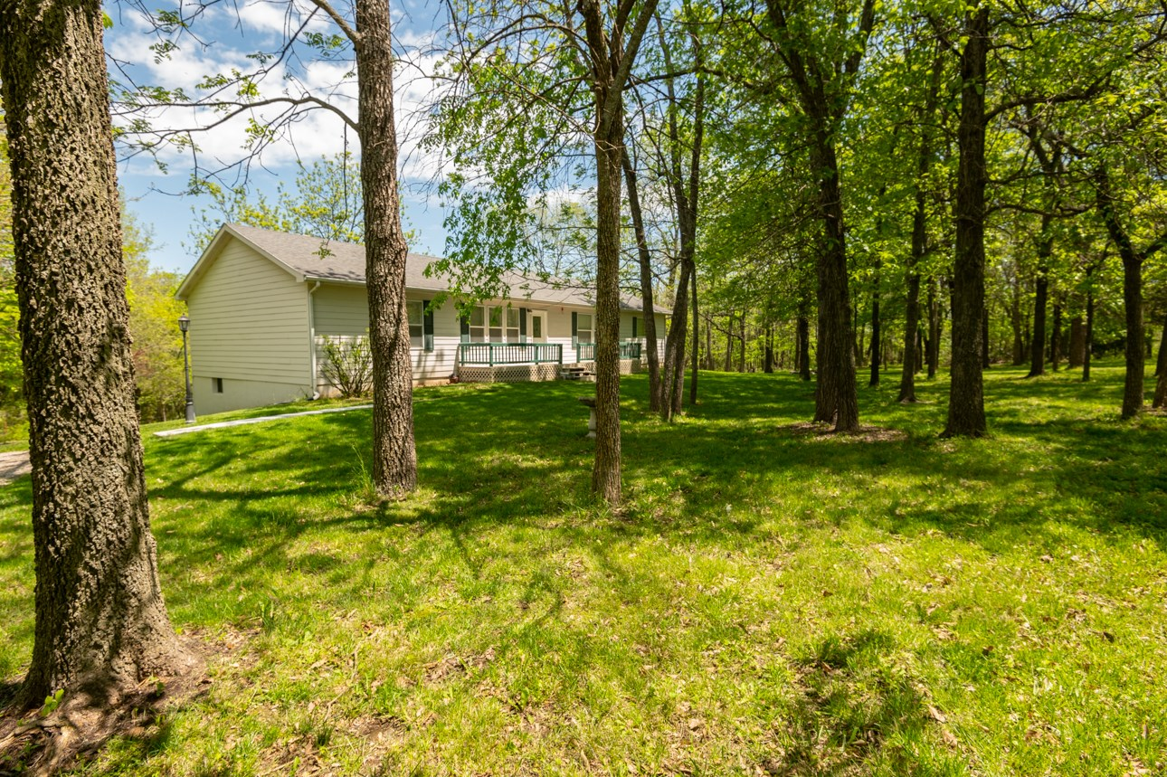 Country Home For Sale Pleasant Hill MO
