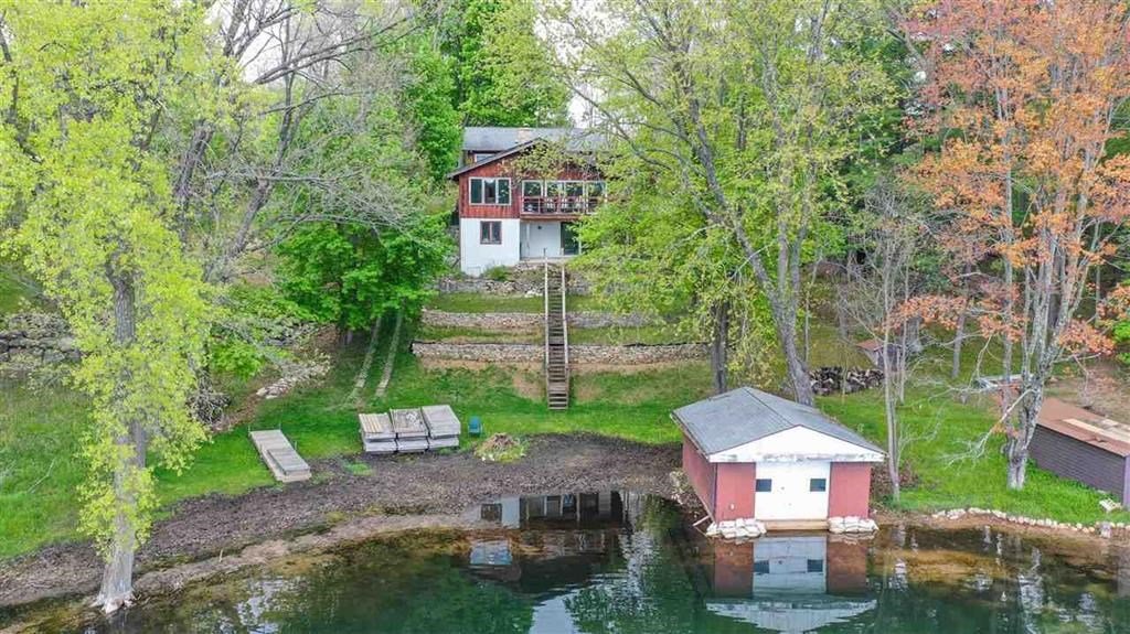 Waterfront Home For Sale on Long Lake, Waushara County