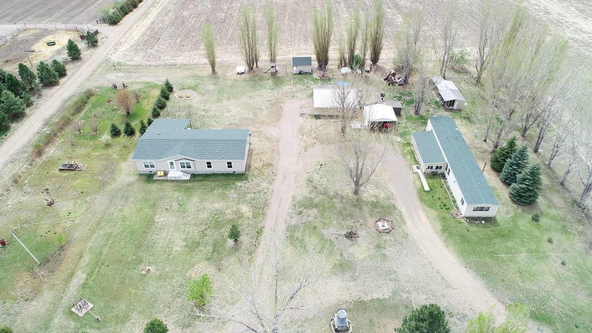 Country Living - 4 bedroom 2 bath home  on 2.71 acres