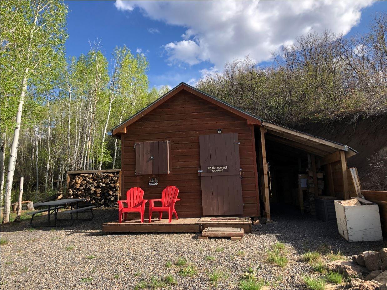 Colorado Cabin For Sale near Vega Lake