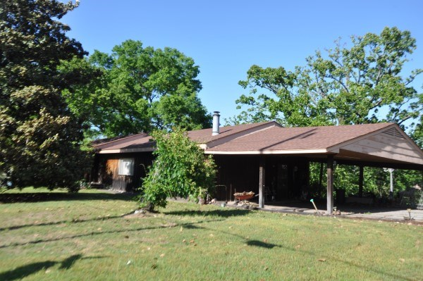 POTEAU OKLAHOMA HILLTOP HOME FOR SALE