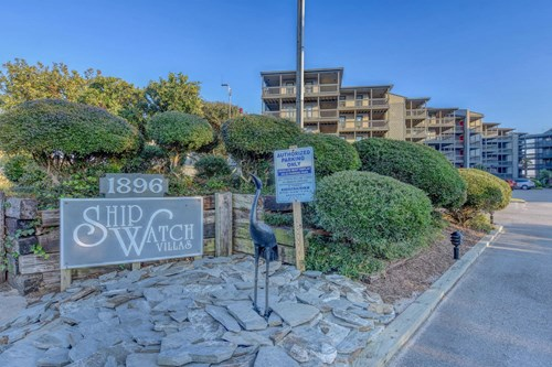 3BR Oceanfront Condo for Sale at Shipwatch Villas