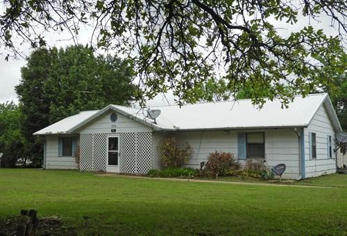Estate Real Estate Auction, Sparks, OK Thurs, June 10 @ 6 pm