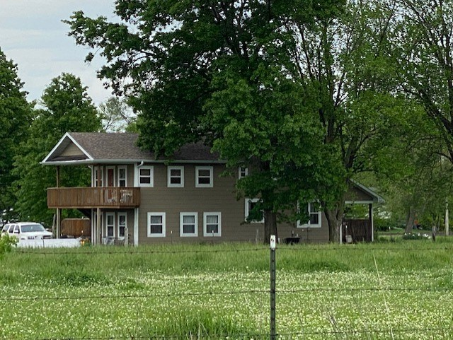 COUNTRY HOME AND ACREAGE IN LACLEDE MO